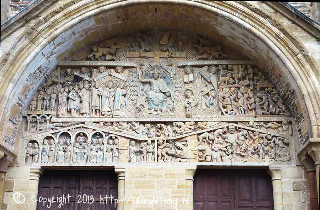 Tympan de l'Abbaye