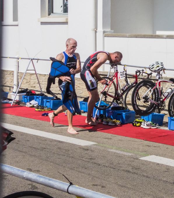 Une délicate transition pour Daniel avec l'enchaînement Natation-Cyclisme