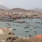 La marina et la ville de Mindelo