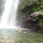 Bain sous la-chute-moreau