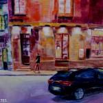 Scène banale d'un marcheur et d'une voiture, mais la couleur du restaurant La Petite Souris irradie cet espace