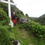 Repos contre la croix